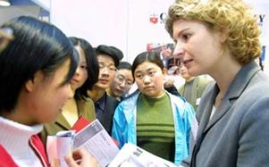 2012加拿大留学签证政策放宽